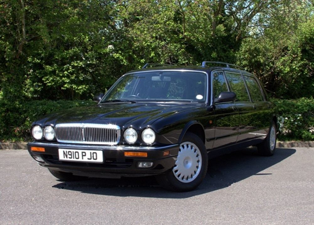 Lot 331 - 1996 Daimler X300 Limousine by Eagle