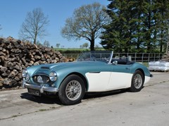 Navigate to Lot 155 - 1960 Austin-Healey 3000 Mk. I BT7
