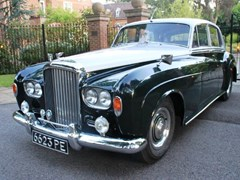 Navigate to Lot 328 - 1963 Bentley S3 Saloon
