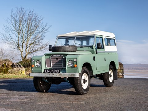Ref 80 1982 Land Rover Series III DL