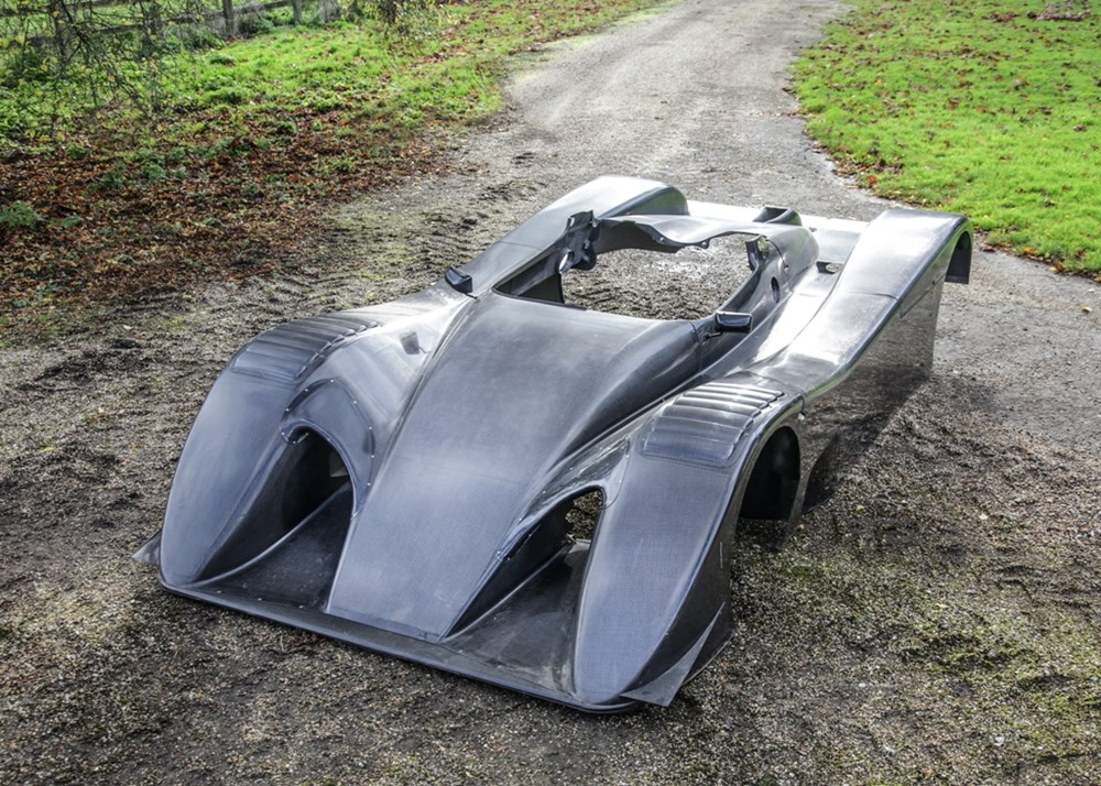 Lot 319 -  Toyota Single seater bodyshell in carbon fibre