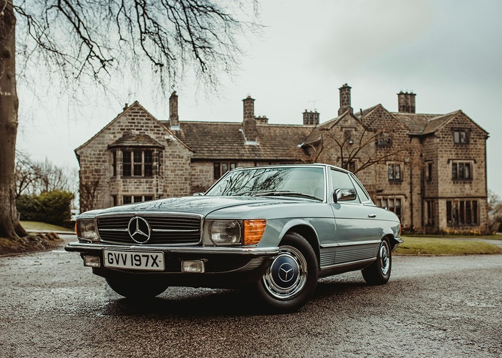 Lot 117 - 1982 Mercedes-Benz 380 SL Roadster