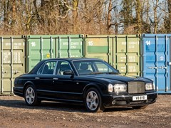 Navigate to Lot 219 - 2003 Bentley Arnage T
