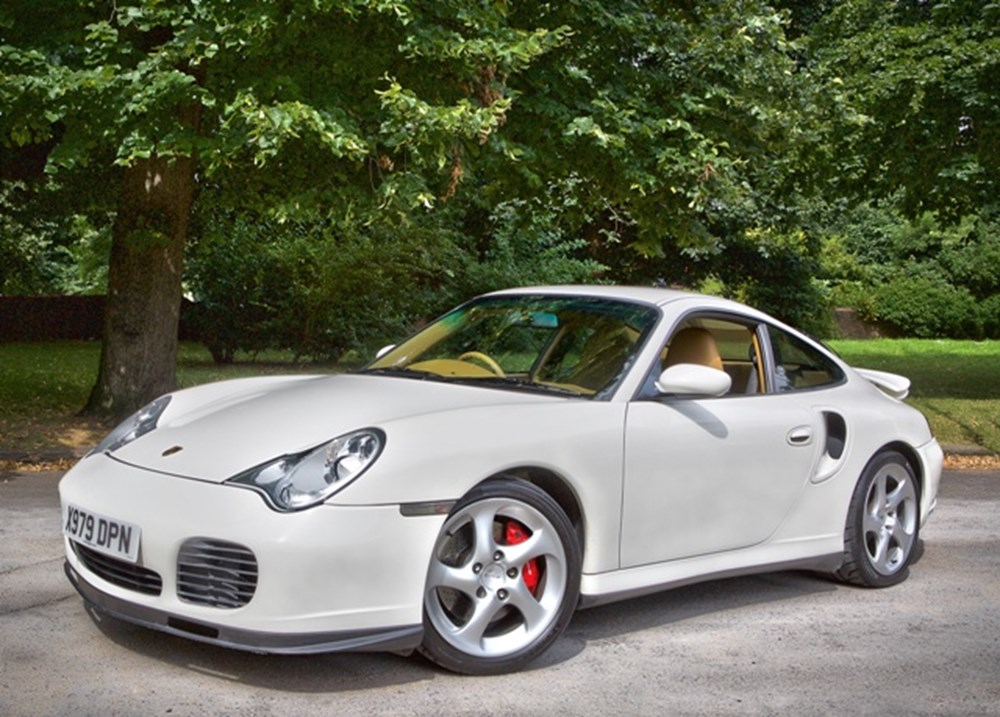 Lot 319 - 2000 Porsche 911/996 Turbo