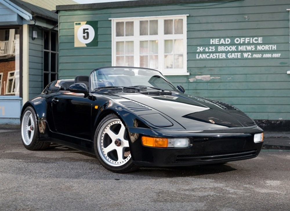 Lot 227 - 1989 Porsche 911 Speedster Flatnose (Turbo-body)