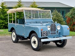 "Navigate to Lot 218 - 1953 Land Rover Series 1 (80"")"
