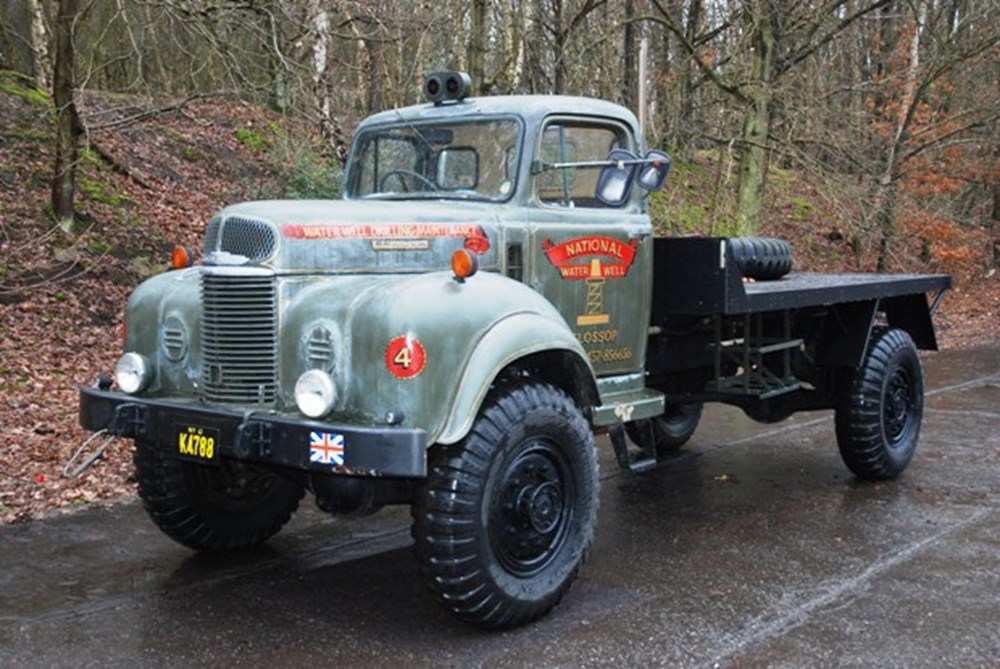 Lot 284 - 1964 Commer Q4 Dropside Lorry