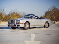 Navigate to Lot 167 - 1999 Bentley Azure