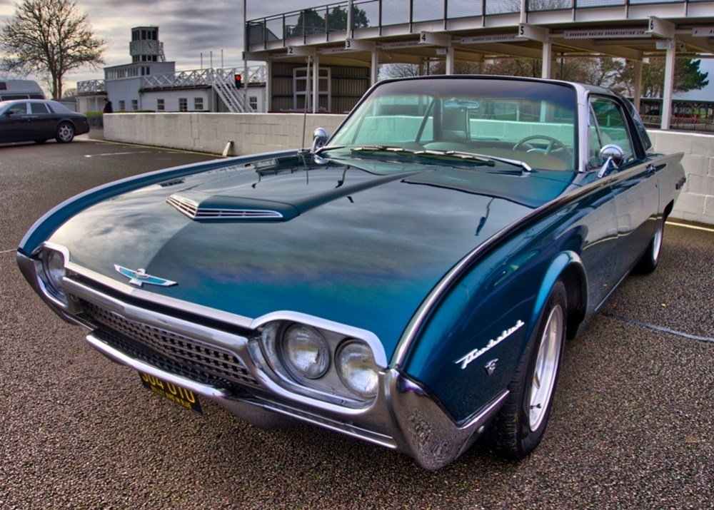 Lot 212 - 1962 Ford Thunderbird
