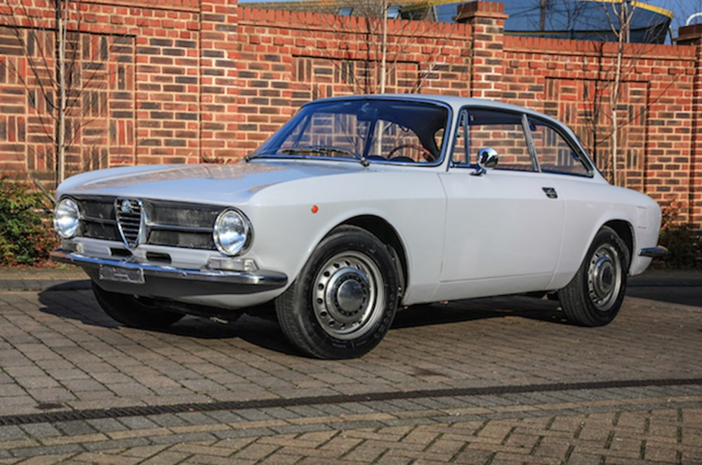 Lot 228 - 1971 Alfa Romeo GT1300 Junior