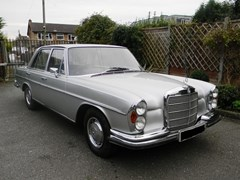 Navigate to Lot 213 - 1972 Mercedes-Benz 280SE Saloon (3.5 litre)