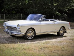 Navigate to Lot 237 - 1964 Peugeot 404 Cabriolet