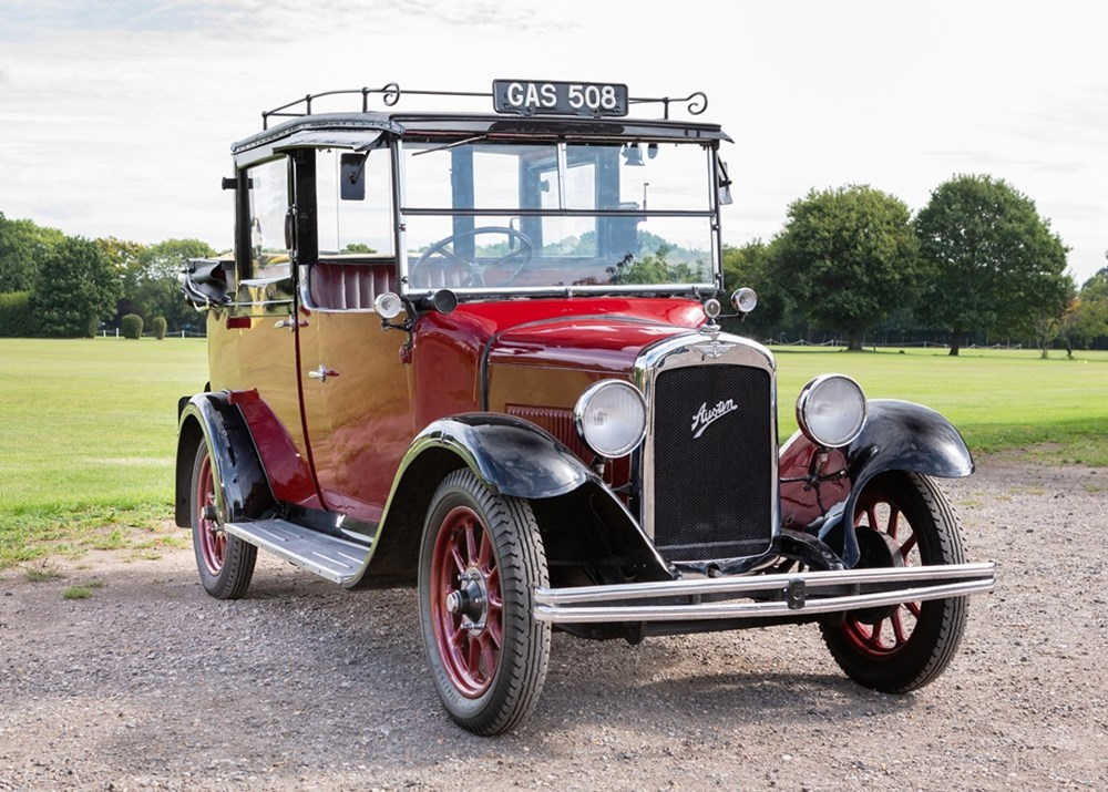 Lot 262 - 1933 Austin Taxi High Line Landaulette