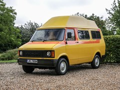 Navigate to Lot 118 - 1981 Bedford CF 250 'Disco Bus'
