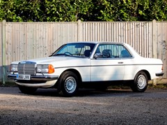 Navigate to Lot 136 - 1985 Mercedes-Benz 230 CE