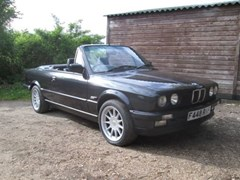 Navigate to Lot 428 - 1989 BMW 320i Convertible