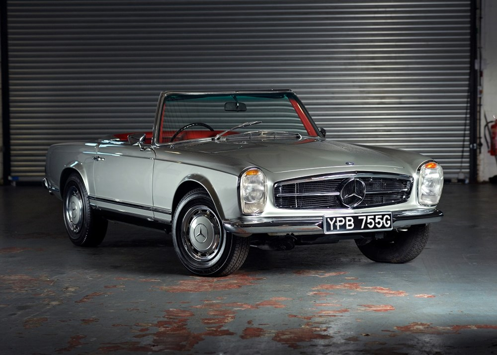 Lot 197 - 1969 Mercedes-Benz 280 SL Pagoda