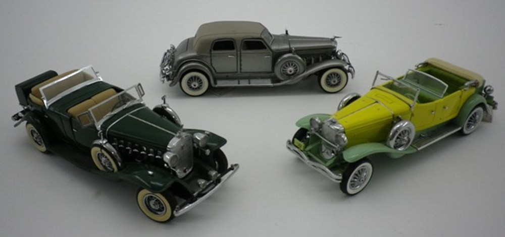 Lot 13 - American car models