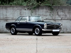 Navigate to Lot 324 - 1964 Mercedes-Benz 230 SL Pagoda