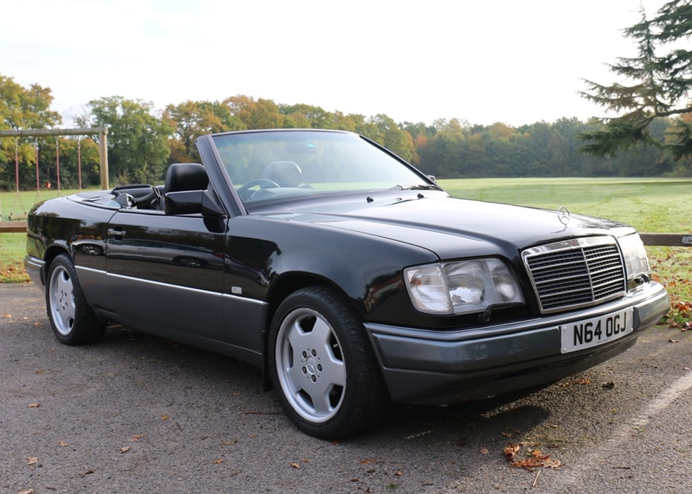 Ref 96 1996 mercedes benz e220 cabriolet for Buying a mercedes benz