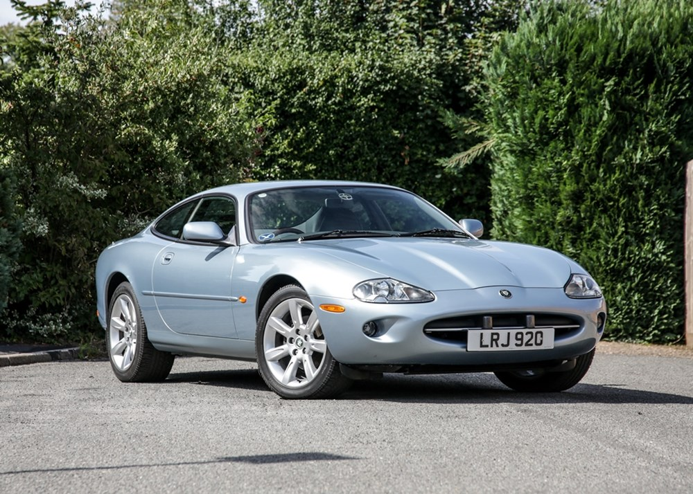 Ref 61 1997 Jaguar XK8 Coupé - Classic & Sports Car Auctioneers