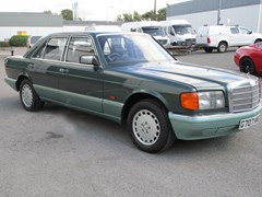 Navigate to Lot 115 - 1990 Mercedes-Benz 260 SE