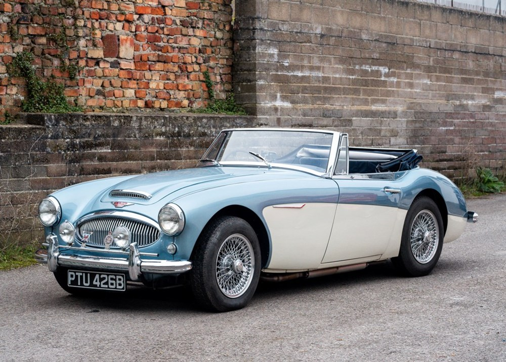 Lot 158 - 1963 Austin Healey 3000 Mk. IIA BJ7