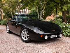 Navigate to Lot 135 - 1999 TVR Griffith 500