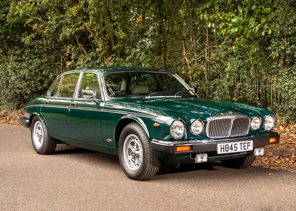 Lot 224 - 1991 Daimler Double Six-Series III