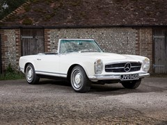 Navigate to Lot 210 - 1966 Mercedes-Benz 230 SL Roadster