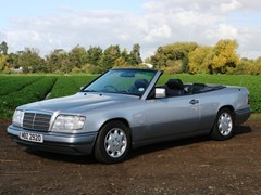 Navigate to Lot 320 - 1996 Mercedes-Benz E220 Convertible