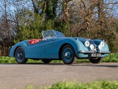 Navigate to Lot 163 - 1954 Jaguar XK120 SE Roadster