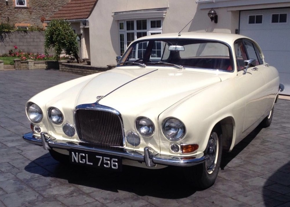 Lot 188 - 1963 Jaguar  Mk. X Saloon (3.8 litre)