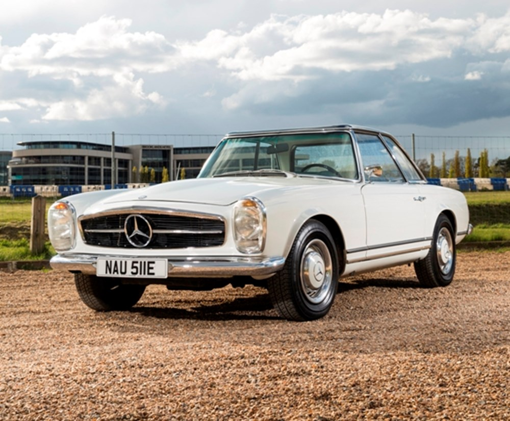 Lot 302 - 1967 Mercedes-Benz 250 SL Pagoda