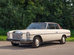 Navigate to Lot 130 - 1971 Mercedes-Benz 250 CE (W114)