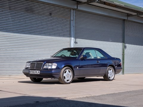 Ref 126 1996 Mercedes-Benz E320 Coupé SB