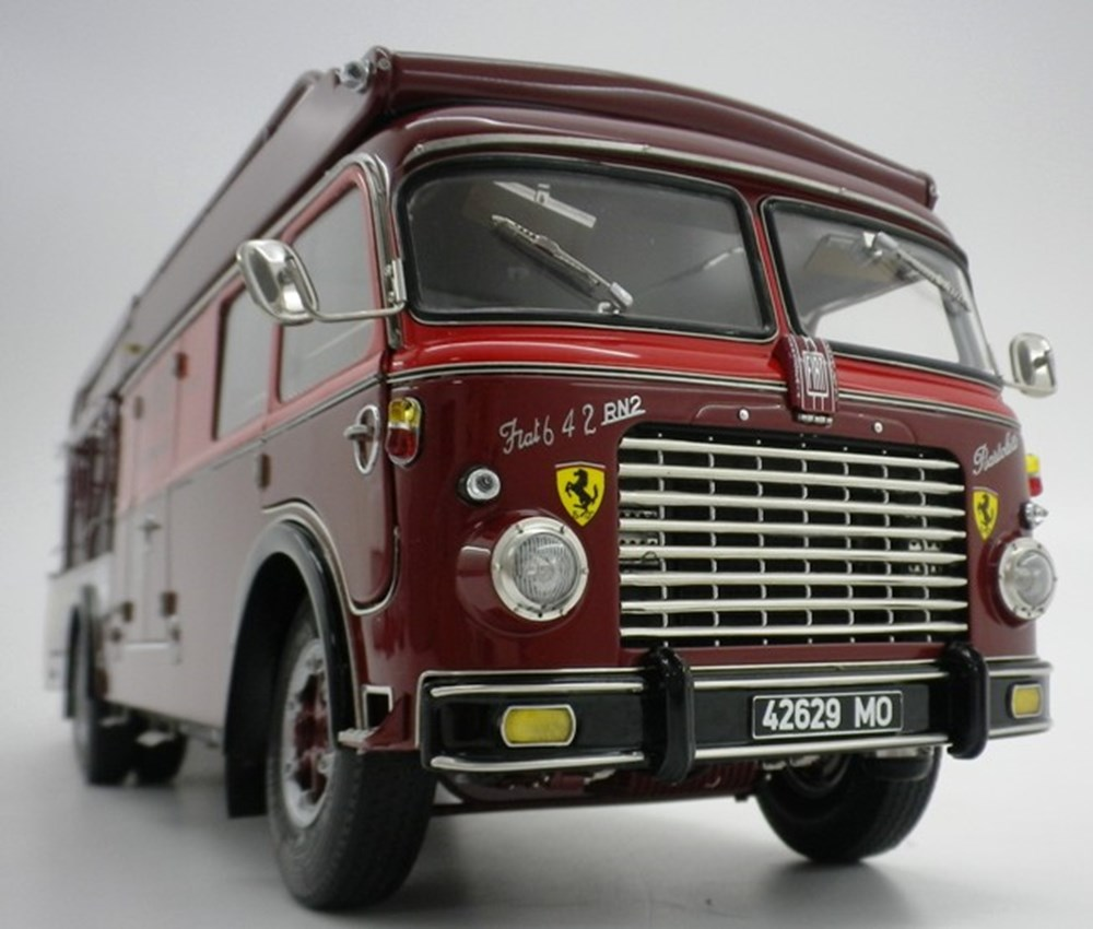 Transport Ferrari: Specialist Classic & Sports Car Auctioneers