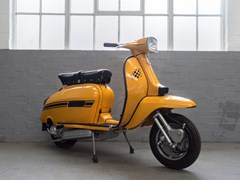 Navigate to Lot 102 - 1970 Lambretta GP200