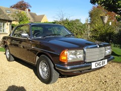 Navigate to Lot 118 - 1980 Mercedes-Benz 280 CE