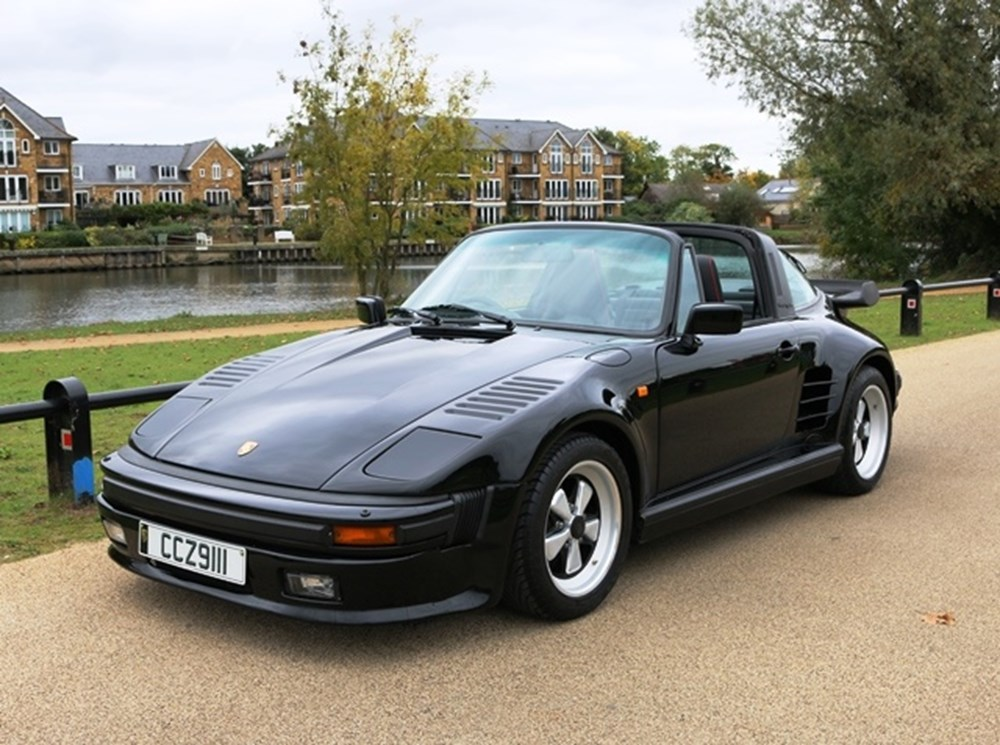 Lot 284 - 1988 Porsche 911 (930) Turbo Targa Flatnose