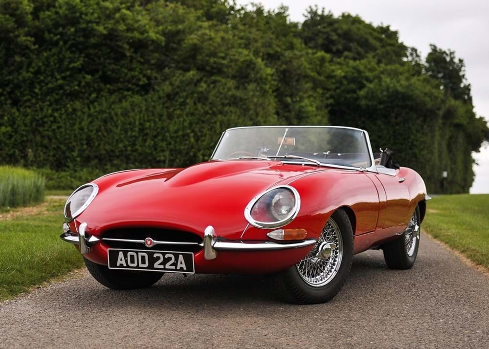 Lot 200 - 1961 Jaguar E-Type Series I Roadster 'Flat Floor'