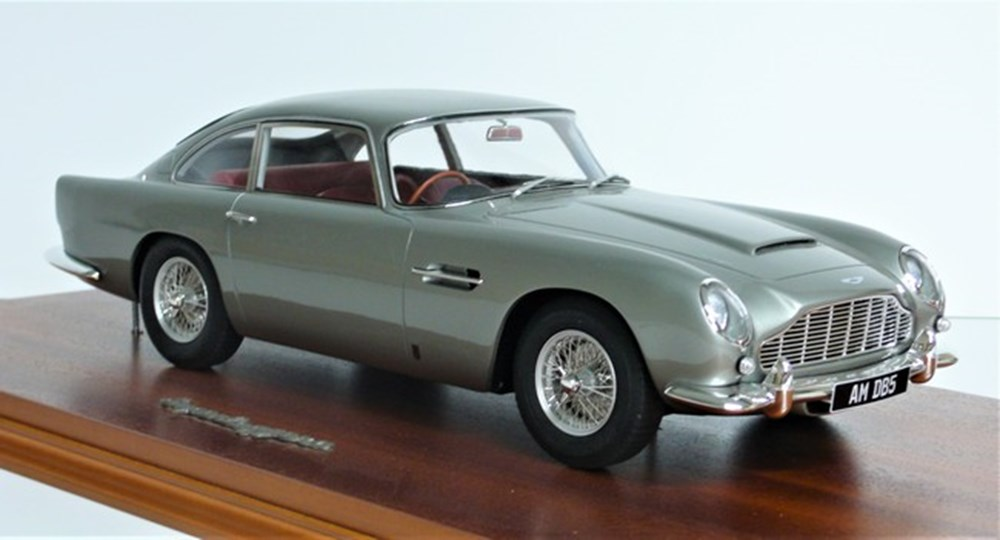 Lot 058 - Aston Martin DB5.
