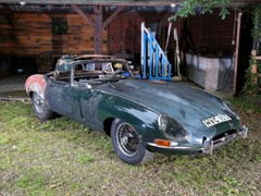 Navigate to Lot 223 - 1966 Jaguar E-Type Series I Roadster *WITHDRAWN*