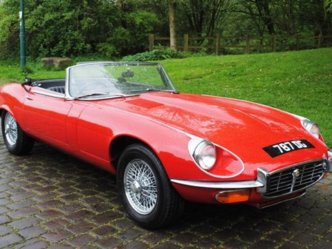 Jaguar E-Type SIII Roadster (red)