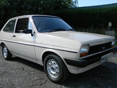 Navigate to Lot 319 - 1983 Ford Fiesta Popular Plus