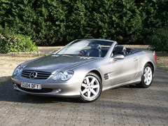 Navigate to Lot 207 - 2004  Mercedes-Benz 350SL Roadster