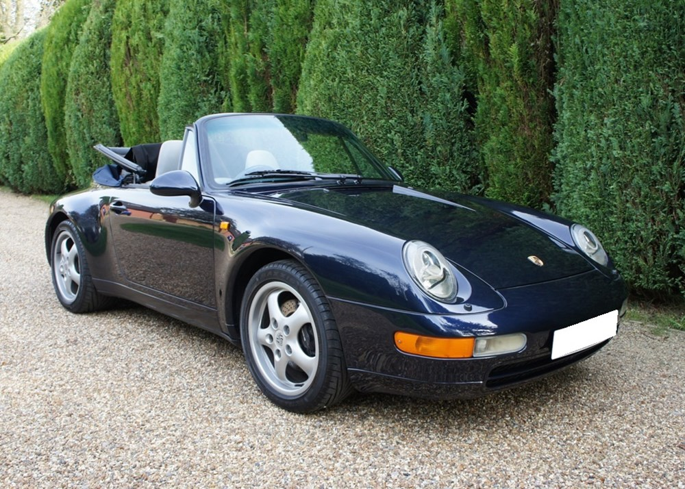 Lot 216 - 1994 Porsche 911 / 993 Carrera Cabriolet
