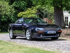 Navigate to Lot 201 - 1997 Aston Martin V8 Coupé