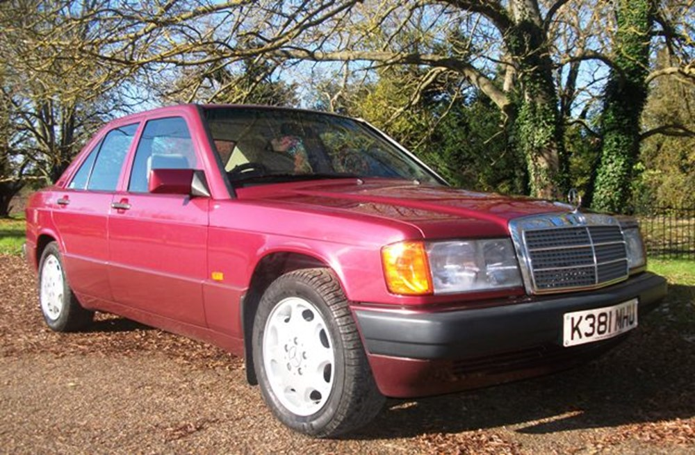 Lot 213 - 1993 Mercedes-Benz 190E