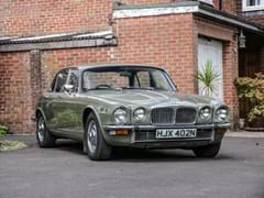 Navigate to Lot 128 - 1975 Daimler Sovereign Series II (4.2 Litre)